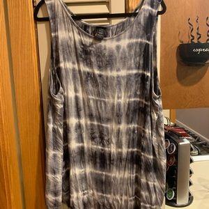 Torrid Tie Dye tank top. Very soft!